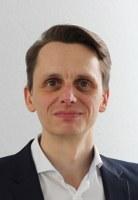 Manuel Athing wird Geschäftsführer der Pflegekammer Niedersachsen