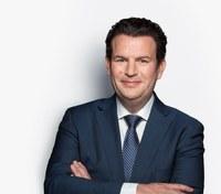 """Hubertus Heil mit Gesetzentwurf zum """"Pflege-Tariftreue-Gesetz"""""""