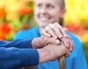 Neues Pflegeportal der BKK ProVita: Hilfe für pflegende Angehörige  zur Pflege